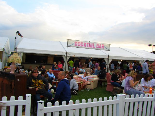 Coctail Bar at Jamie Olivers Feastival